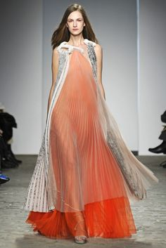 Vionnet Couture Spring 2014 - Slideshow - Runway, Fashion Week, Fashion Shows, Reviews and Fashion Images - WWD.com
