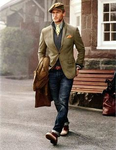 Brown Trench Coat, Beige Jacket, Dark Blue Sweater with Zip Collar, Gray Long Sleeve Shirt - Christmas Tips for 2020 Sharp Dressed Man, Well Dressed Men, Traje Casual, Pull Bleu, La Mode Masculine, Grey Long Sleeve Shirt, Herren Outfit, Gentleman Style, Clothing Styles