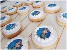 Meine frozen keks-lollis ������ Frozen cookie- pops  Bitmeyen frozen aski�� elsa anna olaf kurabiyelerim dogumgünü partisi icin �� uzun saglikli yillara insallah prenses  Lerne so nette liebe menschen kennen  @nese_0886 #birthdaycake #birthday #geburtstagstorte #fondantcookies #kurabiye #mevlüt #fondantkekse #fondanttorte  #piratentorte #piratecake #korsankurabiye #babyshower #baby #babygirl #babyboy #weddinggift #gastgeschenke #giveaway #cookies #photography #accessories #dress…