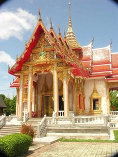 Wat Chalong Temple - Chalong, Mueang Phuket district. The most important of the 29 buddhist temples of Phuket.