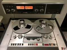 High End Audio Equipment For Sale Recording Equipment, Audio Equipment, Big Speakers, Vintage Television, Audio Music, Tape Recorder, High End Audio, Equipment For Sale, Loudspeaker