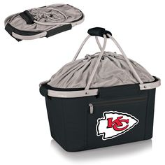 The Kansas City Chiefs Metro Basket is a fully-collapsible and lightweight insulated basket great for tailgating, the beach or about any other occasion. It's made of durable 600D polyester canvas and