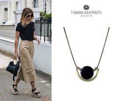 Colar em ouro velho, peça elegante pra compor o look▫ #fhacessórios #amoFH #lookdodia #fashion #style