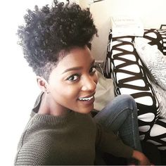 now his is tapered and faded mashup perfection! is flawless with her curls and beautiful brown skin! Tapered Afro, Tapered Haircut, Tapered Natural Hair, Natural Hair Twa, Natural Beauty, Curly Hair Styles, Natural Hair Styles, Natural Hair Inspiration, Hair Journey