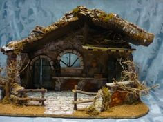 Christmas Manger, Christmas Nativity Scene, Christmas Crafts, Christmas Decorations, Dolly House, Nativity Stable, Modelos 3d, Miniature Rooms, Christmas Pictures