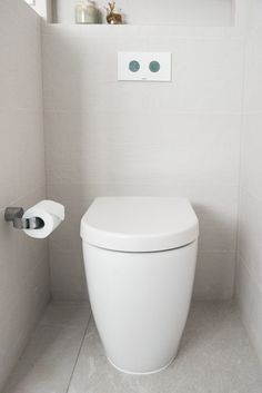Caroma Urbane Cleanflush Toilet + White Panel Buttons. #caroma #caromacleanflush #toilet #hygiene #clean #home #bathroom #family