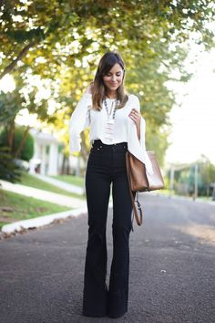 Casual chic, passion for fashion, jean outfits, casual outfits, fashion out Stylish Work Outfits, Casual Outfits, Cute Outfits, Fashion Outfits, Fashion Tips, Fashion Trends, Fashion Quotes, Jean Outfits, Fashion Pants