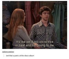 Panic at the disco<<<<<*Panic! at the disco Funny Videos, Funny Memes, Hilarious, Panic! At The Disco, Emo Bands, Music Bands, 70 Show, The Ghostbusters, Life Quotes Love