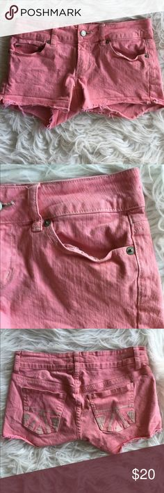 🆕 American eagle shorts Super cute pink denim shorts 98% cotton, 2% spandex, exclusive of decoration. ❌Trades/Outside Transactions❌ 😻 friendly home 😻 💅🏼Serious buyers only, i.e. Please don't ask questions without intention of immediate purchase💅🏼 ❤️Bundles of 5 or more listings get HALF OFF YOUR WHOLE PURCHASE!❤️-separate listing must be made. Please ask!  📦Buyer pays extra shipping when applicable📦 💓Some colors vary in person!-inc. pinks! 😘thank you! American Eagle Outfitters…
