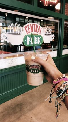 Wonderful Cool Ideas: Coffee Morning Flyer but first coffee decor.Spilled Coffee Humor but first coffee decor. Iced Coffee, Coffee Drinks, Coffee Time, Cappuccino Coffee, Coffee Corner, Decaf Coffee, Coffee Gifts, Summer Aesthetic, Aesthetic Food