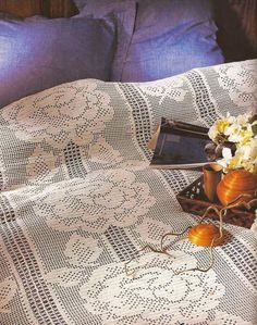 Filet Crochet, Crochet Bedspread Pattern, Manta Crochet, Bed Spreads, Blanket, Knitting, Color, Sheets Bedding, Crochet Carpet