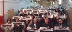 Òmnium reivindica la memòria històrica a la Model i homenatja els presos polítics | VilaWeb