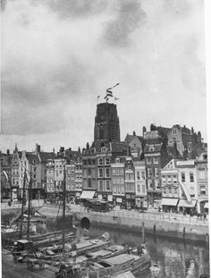 Over de omgeving van het Stokvis(ch)verlaat van Rotterdam Rotterdam, Old City, Netherlands, Holland, New York Skyline, Past, Black And White, Architecture, Water