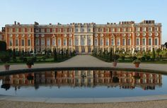 Probably one of the most beautiful buildings I have ever see.- Probably one of the most beautiful buildings I have ever seen. Hampton Court Pal… Probably one of the most beautiful buildings I have ever seen. Places To Travel, Places To See, Hampton Court, Hampton Palace, Day Trips From London, Medieval, England And Scotland, Windsor Castle, Beautiful Buildings