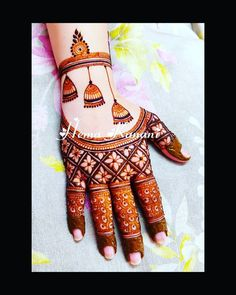 Image may contain: one or more people - Mehendi - Henna Designs Hand
