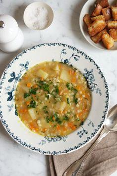 Vegetable Barley Soup #rivercottage #barley #vegetablesoup #swissfood #gerstensuppe #barleysoup