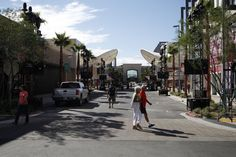 Downtown Summerlin's 1.6 million-square-foot outdoor shopping, dining and entertainment center: Now open in West Las Vegas!