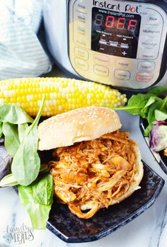 Pot BBQ Chicken Recipe - Family Fresh MealsInstant Pot BBQ Chicken Recipe - Family Fresh Meals Everyone's favorite low country boil can be made so easily and effortlessly right in your pressure cooker in just 6 minutes! Instant Pot Pressure Cooker, Pressure Cooker Recipes, Pressure Cooking, Crockpot Recipes, Cooking Recipes, Fast Recipes, Bread Recipes, Family Fresh Meals, Bbq Chicken