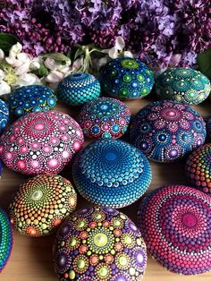 I paint colorful stones and canvas, made with love! Mandala Rocks, Different Tones, Mini Canvas, Rock Art, Art Drawings, Christmas Bulbs, Etsy Seller, Dots, Holiday Decor