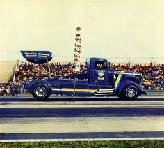 "Tyrone Malone's ""Bandag Bandit"" Kenworth Conventional Race Truck"