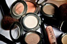 Where to Save, Where to Splurge: Drugstore vs. High-end Makeup
