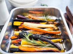 These Brown Butter Maple Glazed Roasted Rainbow Carrots are the easiest and most delicious side dish! Oven roasted carrots with a simple glaze. So easy to make yet elegant enough for special occasions like Easter or Thanksgiving dinner! Potluck Side Dishes, Easter Side Dishes, Potluck Recipes, Side Dishes Easy, Side Dish Recipes, Easter Recipes, Recipes Dinner, Dinner Dishes, Easter Ideas