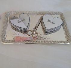 Yüzük  tepsisi-yüzük yükseltisi- Turkish engagement-By Bilgen Yılmazsoy Organizasyon-  - söz -nişan- kız isteme - gelin evi-damat dantel-inci -taş  detaylı-  engagement wedding -lace-sparkle