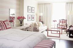 Sarah Richardson Design: White & pink bedroom design with Ivory & pink horizontal striped walls!love but blue/green would be awesome Chambre Sarah Richardson, Sarah Richardson Bedroom, Appartement Design Studio, Studio Apartment Design, Studio Apt, Studio Living, Living Room, Home Bedroom, Bedroom Decor