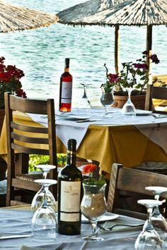 ~Seaside Tavern in Achladies beach, Skiathos Island, Greece~. Skiathos Island, Coin Café, Al Fresco Dining, Greek Islands, Greece Travel, Outdoor Spaces, Outdoor Living, A Table, Places To Go