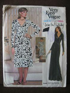 Vtg Vogue #1548 Diane Von Furstenberg Sz 12 Wrap Dress Pattern UNCUT Very Easy