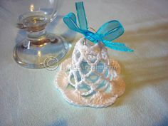 Campanella natalizia, uncinetto. Little bell Christmas crochet.