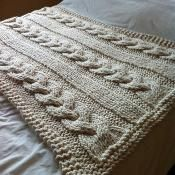 Cable Knit Blanket - Extreme Knitting