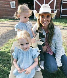 Amy And Ty Heartland, Heartland Seasons, Heartland Quotes, Heartland Ranch, Heartland Tv Show, Ty Y Amy, Netflix Family Movies, Spencer Twin, Amber Marshall