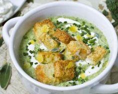Soupe de kale et pomme de terre à la crème légère