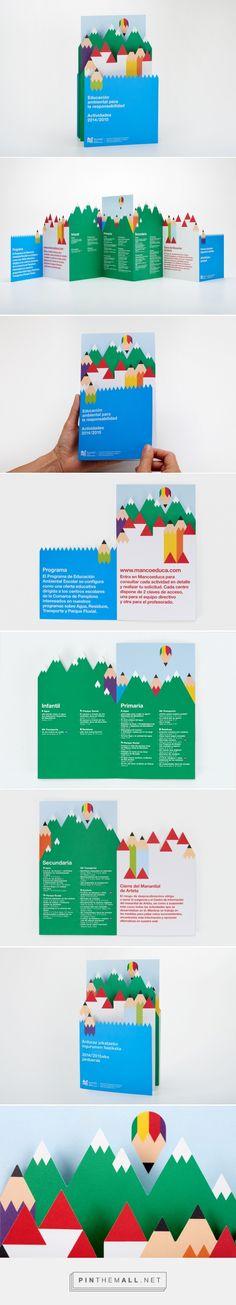 Design Brochure, Flyer Design, Layout Design, Pamphlet Design, Leaflet Design, Editorial Design Magazine, Magazine Design, Graphic Design Print, Graphic Design Inspiration