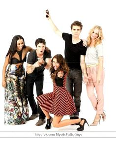 #TVD The Vampire Diaries SDCC 2013  Kat Graham(Bonnie),Ian Somerhalder(Damon),Nina Dobrev(Elena/Katherine/Amara etc..),Paul Wesley(Stefan) & Candice Accola(Caroline)