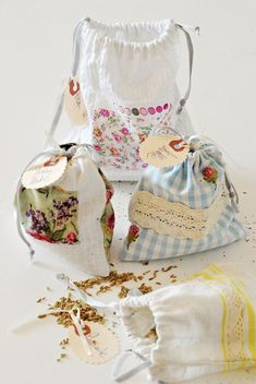 Sylvia's Simple Life: Drawstring Herb Bags