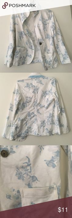 Floral Blazer Soft and light weight floral jacket! Three pockets: one on breast and two on each side near the bottom. SO Jackets & Coats Blazers