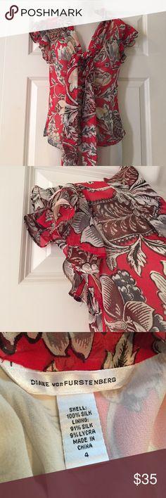 DIANE Von FURSTENBERG  Silk Blouse DIANE Von FURSTENBERG red/cream print blouse. Silk. Size 4. Like new Diane von Furstenberg Tops Blouses