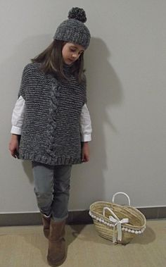 Ravelry: Mini Gale pattern by Alicia Plummer - TurkRazzi Diy Crafts Knitting, Diy Crafts Crochet, Knitting For Kids, Baby Knitting, Knitting Machine Patterns, Crochet Poncho Patterns, Knitted Poncho, Knit Crochet, Girls Poncho