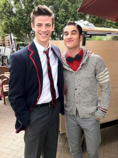 So freakin adorable. Grant and Darren aka Sebastian Smythe and Blaine Anderson on glee.