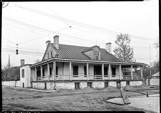 The Sunday porch:enclos*ure: 1934 view of the Jean Baptiste Valle Hse, Ste. Genevieve, Mo., HABS, Library of Congress
