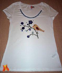T-shirt with a bird