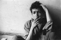 Bob Dylan heeft op 13 oktober 2016 de  Nobelprijs Literatuur gewonnen. Het gebeurt zelden tot bijna nooit dat een zanger deze Nobelprijs wint. Maar er werd voorspeld dat, mocht een zanger ooit deze prijs winnen, het wel wel Bob Dylan zou zijn. Er werd over hem gezegd dat hij nieuwe poëtische expressies binnen de traditie van het Amerikaanse lied creëerde.