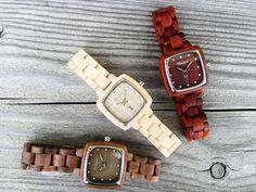Pionier Damenmodelle:  - Walnuss - Ahorn - rotes Sandelholz Wood Watch, Austria, Watches, Design, Fashion, Accessories, Red, Women's, Wooden Clock