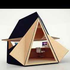 Tetra Shed is a backyard office solution. Joining the ranks of backyard bubbles, boxes and pods comes the Tetra Shed, a modular 'modern garden office' that look Outdoor Office, Backyard Office, Modern Backyard, Garden Office, Cottage Office, Fun Backyard, Prefab Office, Modular Office, Shed Office