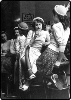 Soda Shop, 1940s