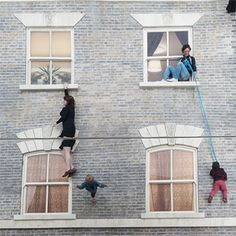 Leandro Erlich's Reflective Optical Illusion House Now in London