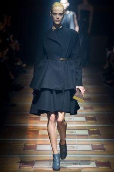 Sfilata Lanvin Paris - Collezioni Autunno Inverno 2014-15 - Vogue