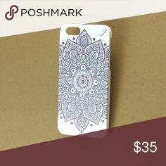 New White Wood iPhone Case w. Dakota Mandala, 6 AVAILABLE IN ALL IPHONE SIZES, PLEASE SEE MY OTHER LISTINGS.  Custom white wood case. The iPhone wood cases are made of 100% natural wood. The premium housing is made from high quality, tough and flexible polycarbonate plastic. The wood is bonded to the back of the housing carefully, by using high quality adhesive, which prevents the wood from separating from the housing over time. The cases are engineered to offer protection for your device…